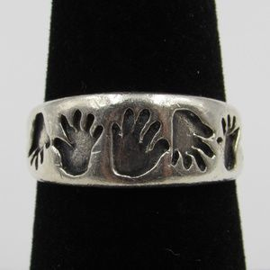 Vintage Size 7 Sterling Rustic Unique Hands Ring